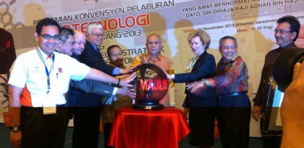 Pahang_Convention_2013